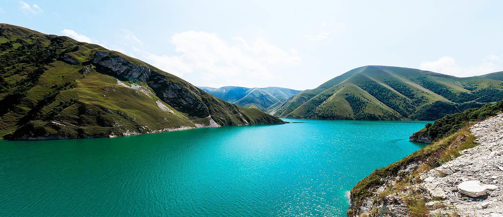 Тур «Древние загадки лазурного озера»