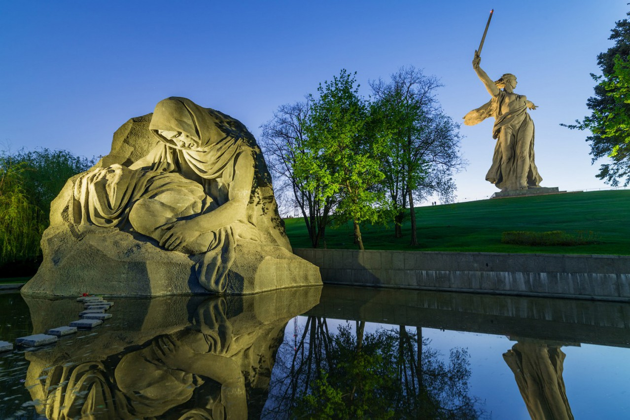 Сборный тур по Волгограду (2 дня/1 ночь) - Мамаев Курган — Седьмое чудо России